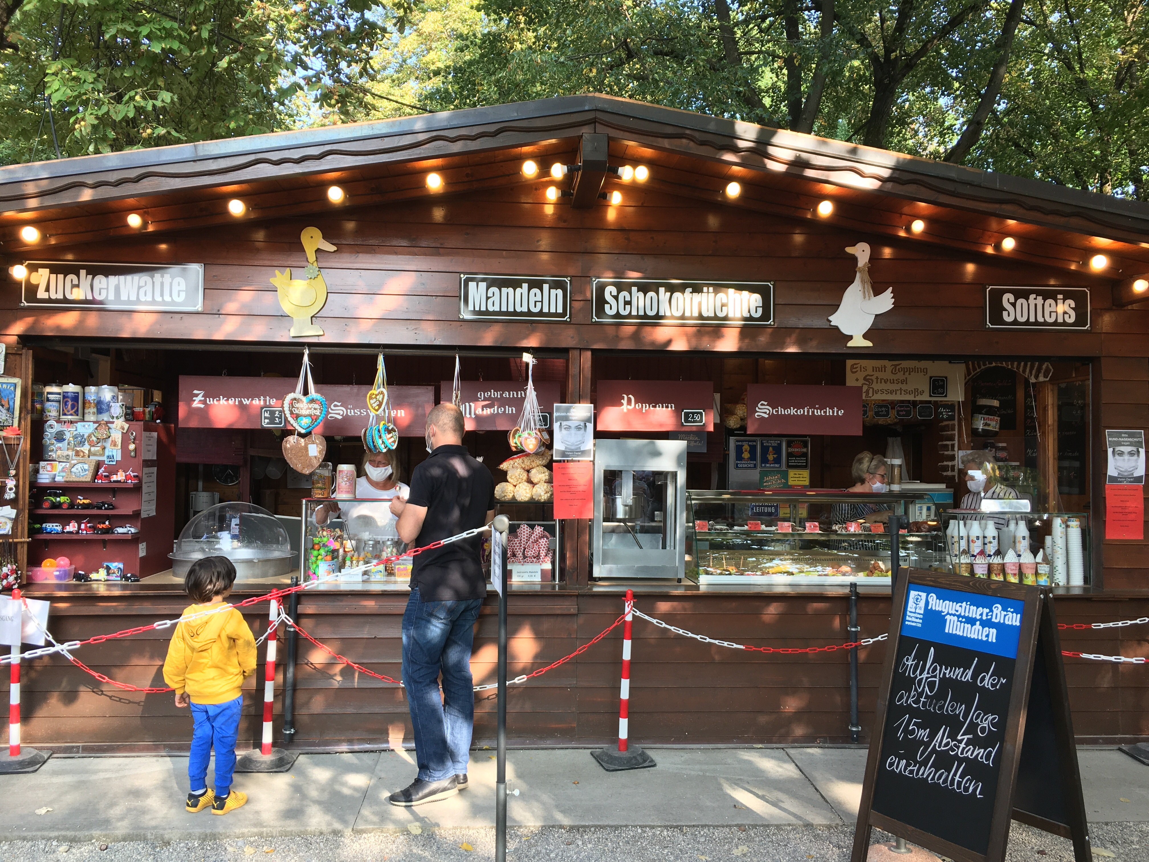 The sweets stand inside the Hirschgarten.